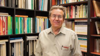 Con la cuerda en el cuello; opina Juan de Dios Trujillo