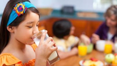 ¿Son seguros los edulcorantes artificiales en los niños?