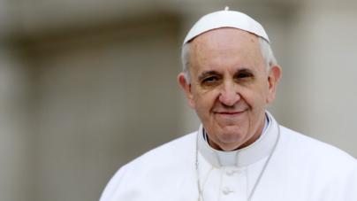 10 razones que muestran porqué el papa Francisco está salvando a la iglesia católica