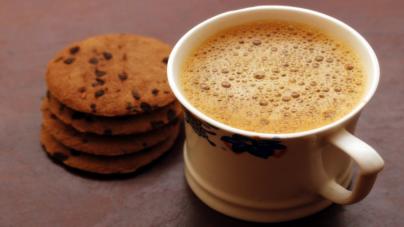7 consejos para que tu sueldo no se vaya en café y galletas