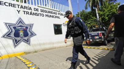 Se inconforman policías de Culiacán tras ordenarles trabajar desarmados