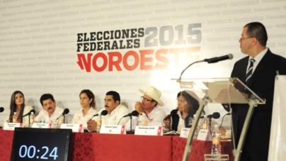 Elecciones 2015 | Candidatos del distrito 07 se enfrentan en un debate tibio