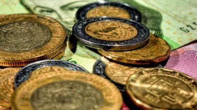 Menor crecimiento y un peso más depreciado le esperan a México: analistas