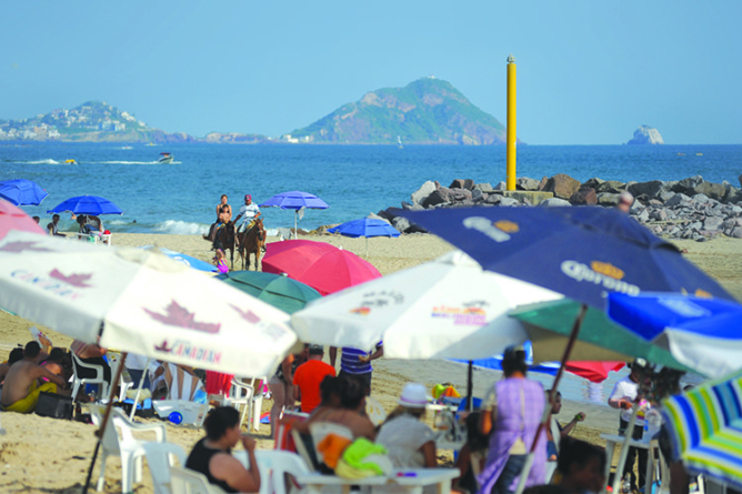 Agua de playas de Sinaloa está en óptimas condiciones para vacacionistas: Coepriss