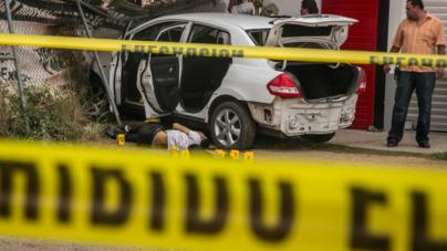 Marinos disparan contra cuatro civiles; uno muere en Cruz Roja