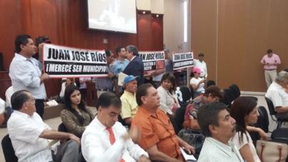 Exigen municipalización habitantes de Juan José Ríos