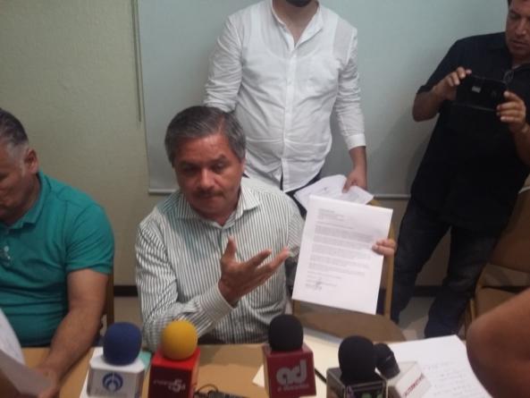Renuncia Ramón Lucas al PRD debido a desacuerdos en políticas nacionales