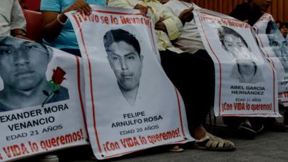 Ofrece PGR recompensa por presuntos responsables del caso Ayotzinapa