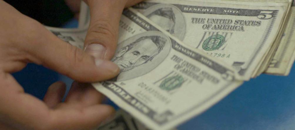 #TipoDeCambio   Dólar rebasa la barrera de 18 pesos