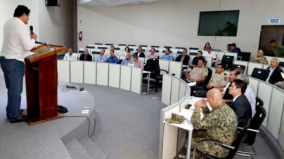 """""""Sinaloa está en paz"""", dice Malova, pero acuerda con fuerzas armadas, Cisen y PGR plan anticrimen"""