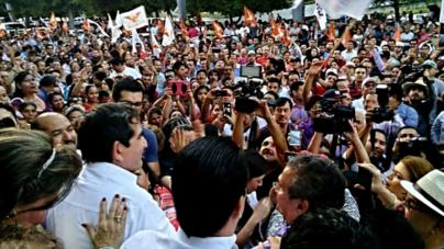 Cuen registra su candidatura a gobernador por el PAS y Movimiento Ciudadano