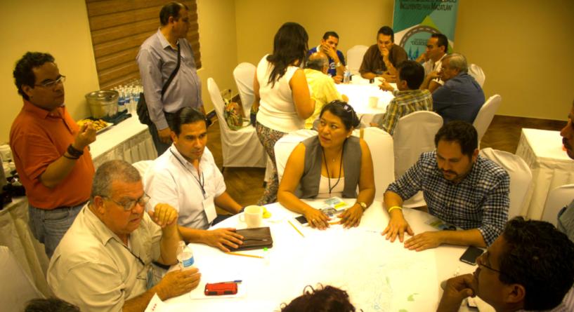 Ciudadanos proponen red ciclista para Mazatlán; el Implan los alienta