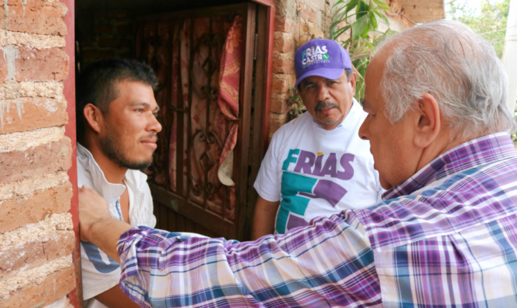 Ningún joven se quedará sin estudiar por falta de recursos: Frías Castro