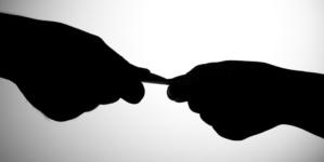 El que no tranza… | Ernst & Young: Corrupción y sobornos son comunes en empresas mexicanas