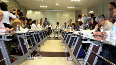 Toman nota de incidentes de la jornada electoral el INE y la Fepade