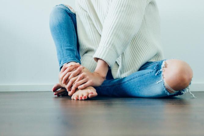 Científicos rejuvenecen ovarios y logran revertir la menopausia