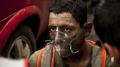 Fotogalería | Bomberos entre el fuego y la falta de recursos