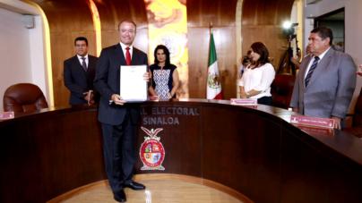 Declara Tribunal válida la elección de gobernador en Sinaloa | Quirino recibe constancia