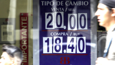 ¿Te afecta el dólar? | Hacienda dice que no, pero… 10 productos subirán sus precios