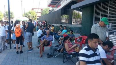 #VIDEO | Octubre de beisbol… y los revendedores hacen su agosto