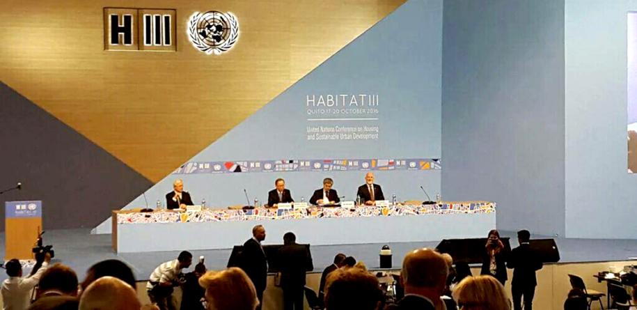 Implan Mazatlán expone en Ecuador su plan de ordenamiento urbano