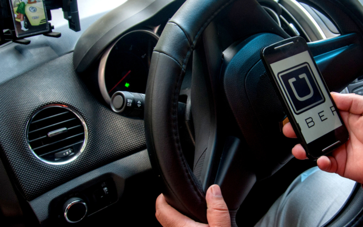 Mientras el Gobierno lo combate, empresas respaldan a Uber en Sinaloa