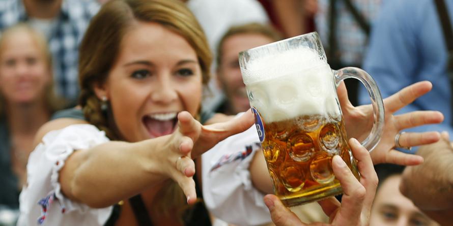 Científicos descubren los beneficios de tomar cerveza