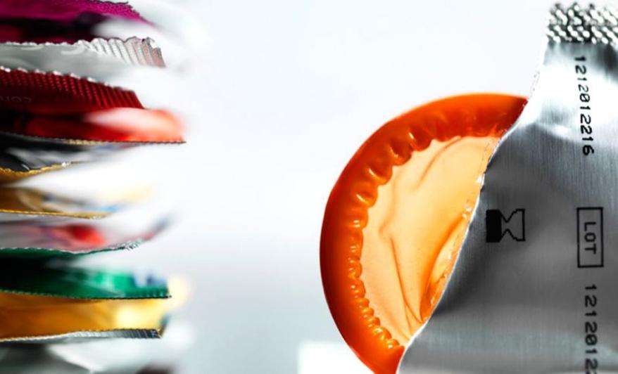 ¿Sexo seguro? | Inventan condón que te advierte de enfermedades sexuales