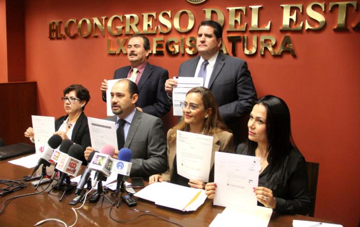 Diputados del PAN presentan #3de3 y piden a todos los servidores públicos hacerlo
