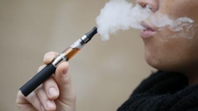 ¿Fumas cigarros electrónicos? | Sí crean adicción a la nicotina, revelan