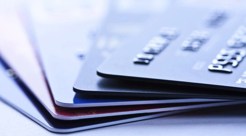 LO LEGAL ES | ¿Decidido a cancelar tu tarjeta de crédito? ¡Ocuparás paciencia!