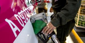 """Llaman a culiacanenses a comparar precio de la gasolina; """"Hay estaciones que la dan más cara"""""""