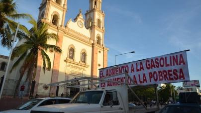 FOTOGALERÍA | Con marcha Culiacán repudia el gasolinazo