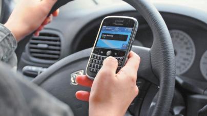 Hasta 3 años de cárcel al chocar por usar el celular | ¿Y tú… cómo manejas?