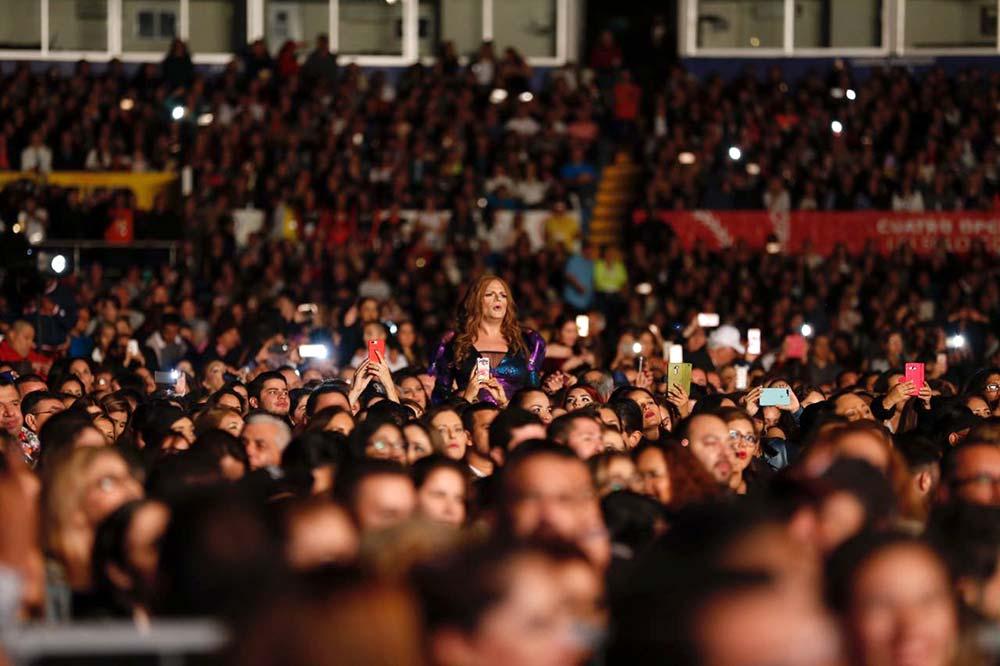 El público hizo su parte con una gran entrada al estadio Teodoro Mariscal.