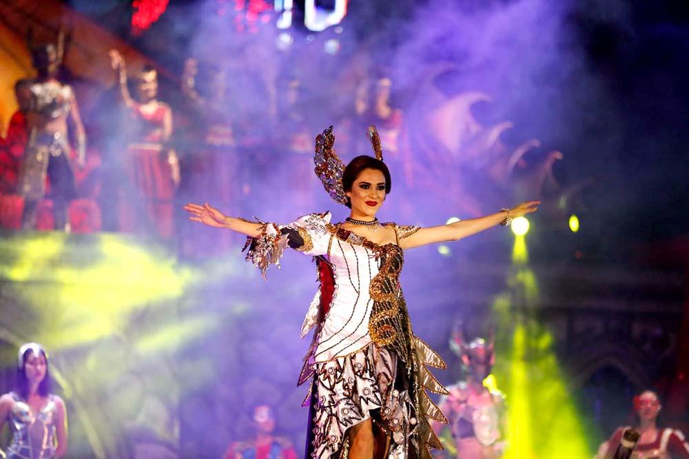 Polémico vestido portó la reina del Carnaval Internacional de Mazatlán.