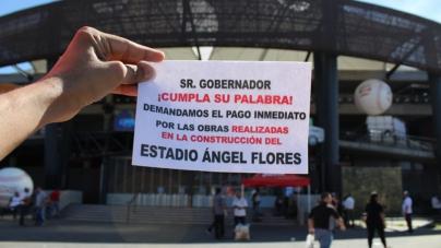 Constructores reclaman falta de pago en estadio de los Tomateros