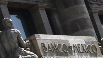 Banxico se sube a la ola | Baja tasa de interés al igual que otros 12 bancos centrales