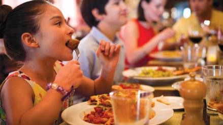Restauranteros esperan que ventas incrementen en diciembre