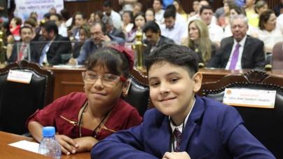 ¡Niños dignifican tribuna del Congreso! | ¿Qué proponen los niños diputados del Parlamento Infantil?