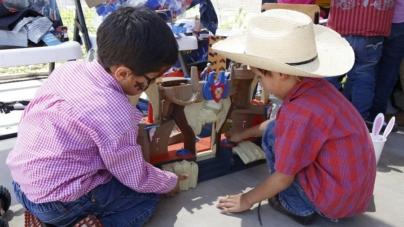 Día del niño | Abuelos, el regalo inesperado en Casa Cuna del DIF