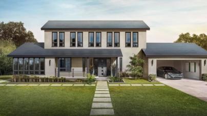 ¿Quieres ahorrar más luz? Tesla ofrecerá sus techos con paneles solares, resistentes y baratos