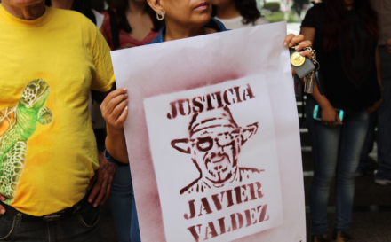 ¡JUSTICIA!   Un grito de impotencia por el silencio de Javier Valdez