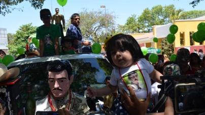 Fiesta, drogas, alcohol y música de tambora para Malverde, 'el bandido generoso'