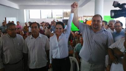Sin rasgaduras, logra el PRI fórmulas únicas en los 18 municipios