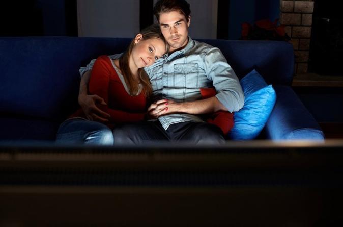 ¿Te gusta desvelarte viendo maratones de series en Netflix? ¡Cuidado! Podría ser nocivo para tu salud