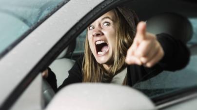 ¿Mujer al volante… peligro constante? | En Culiacán también las mujeres son agresivas cuando manejan
