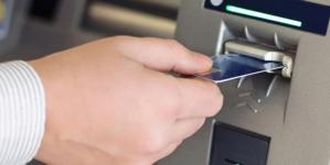 Piden eliminar los cobros por retiro en cajeros automáticos de México