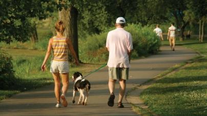 'Ir a caminar' | Un ejercicio subestimado que podría llevarte a tu peso ideal