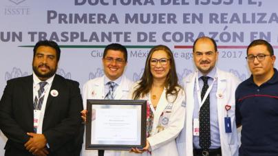 Realizan en México la primera cirugía robótica de corazón de América Latina